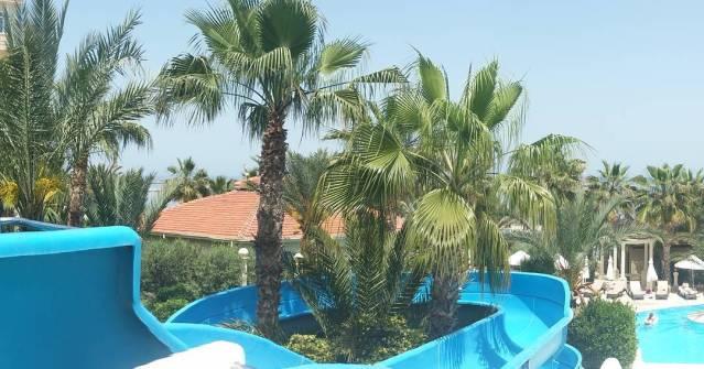 Oscar Resort Aqua pool water slides wwwoscarresortcom