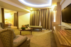 KING-SUITE-ROOMS-4