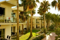 Oscar-Resort-Hotel-Poolside-Rooms